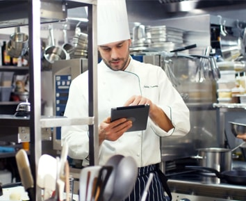 Featured blog - Tablets in hospitality industry - Captec